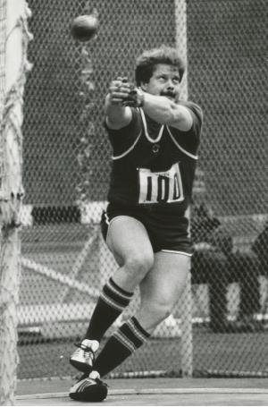 Jüri Tamm heitel 1980ndate lõpus  foto Eesti Spordimuuseum