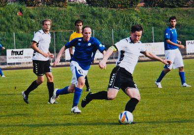 Jaak mängimas kaptenina Itaalias Veneto maakonnas 7. oktoobril 2012 UEFA Regions' Cupi alagrupi kohtumisel Lääne-Eesti regiooni ühendmeeskonnas Veneto maakonna klubi vastu. Veneto võitis selle kohtumise 7:0 ning tuli samal hooajal esimese klubina sarja kahekordseks võitjaks. Foto pärineb erakogust.