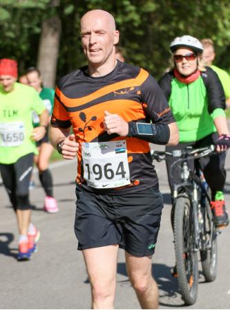 Leho Virma Tallinna maratonil foto Sander Maasing/Sportfoto.com