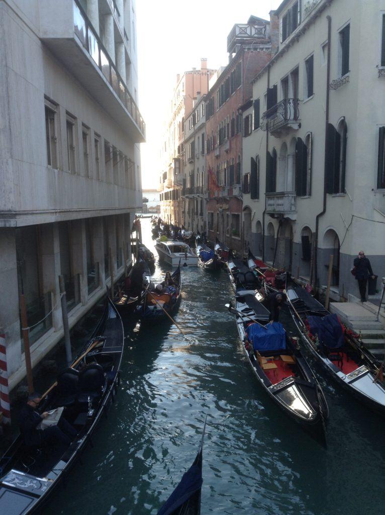 Gondel on Veneetsia kaubamärk