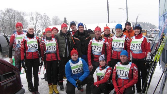 Osa Saku Suusaklubi maratonitiimist aastal 2013