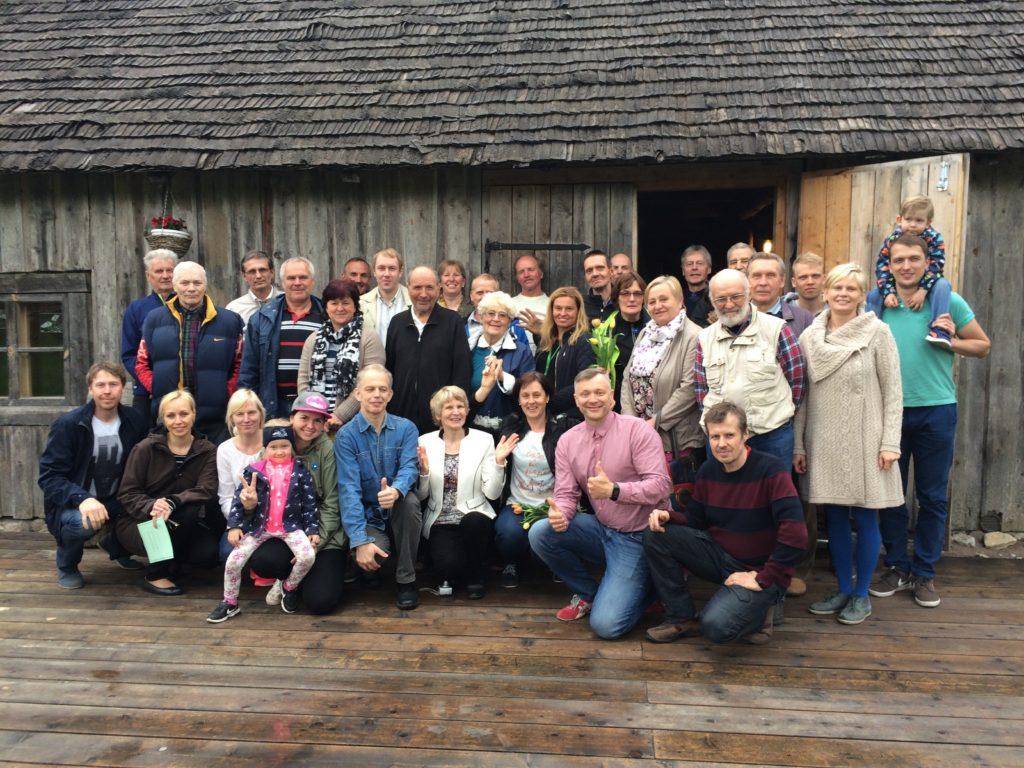 Saku Suusaklubi 20. aasta juubelikoosolek, Paavo Nael all paremalt teine.