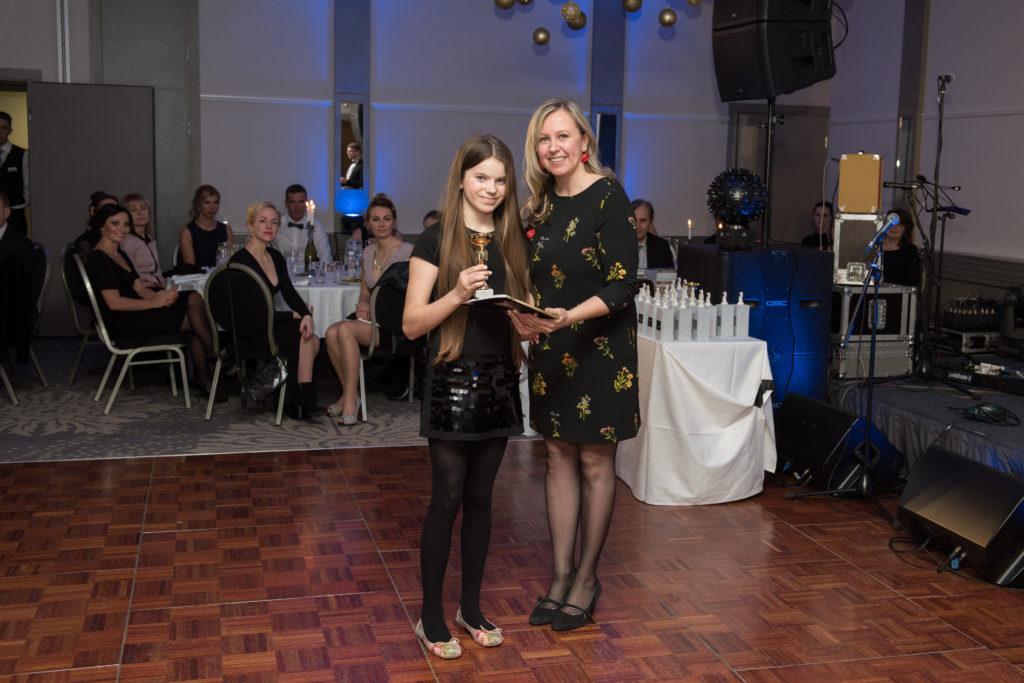 Hooajal 2015 saavutas Sophia II koha ERL-i Ponikarikas. Pildil Sophia ja artikli autor. Foto Rein Leib