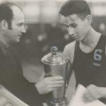 Võrkpallikarikavõistluste esimene trofee