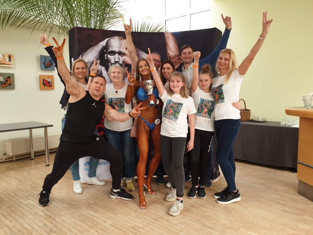 Amani ja tema toetajad Foto: erkogu