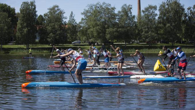 Paala järvel tehnilise võidusõidu start Foto: Anette Hantson