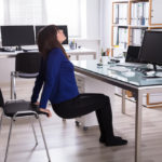 5 harjutust lihaspingete leevendamiseks kontoris