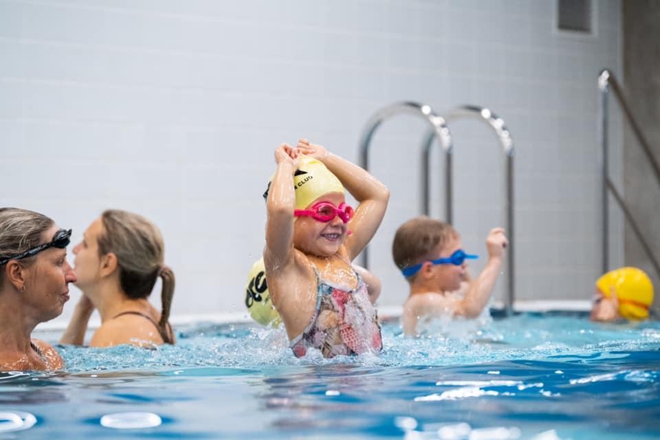 Laste ujumistrenn