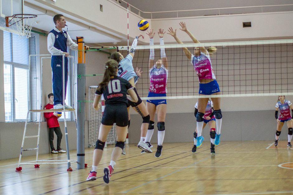 Melissa Varlõgina ja Mari Loorman blokis