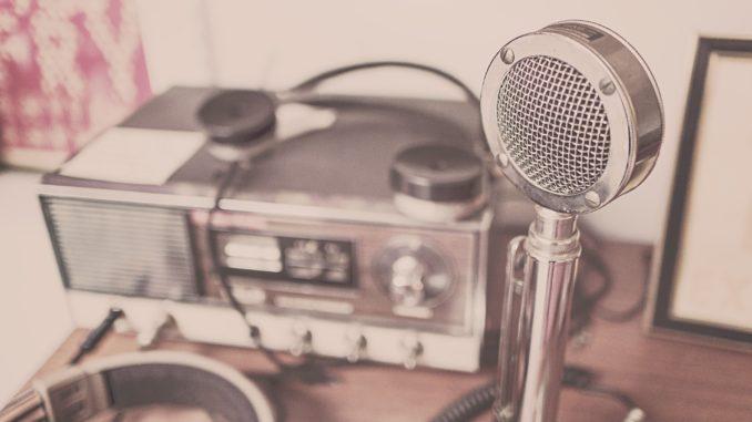 Raadio ja mikrofon