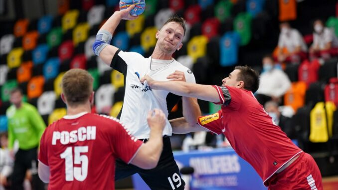 Kolmapäeval Austria vastu 11 väravat visanud Karl Toomi esitus rõõmustas Mait Patraili. (Foto: EHF).