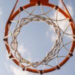 Mini korvpalliplats koduaias: hea lahendus saada lapsed liikuma